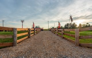 Answers to Your Fence Questions - In-Line Fence Article - Feature image