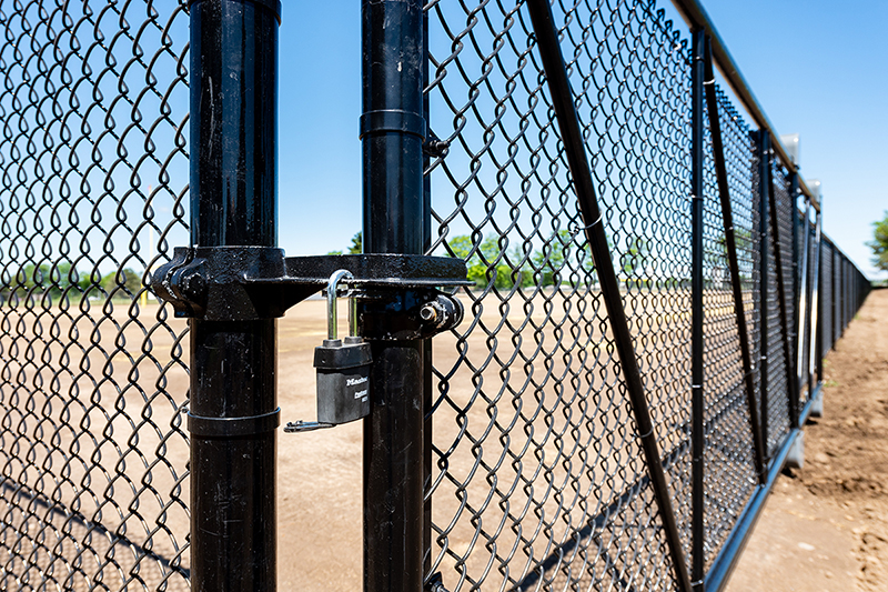 Colored Chain Link Fencing - In-Line Fence