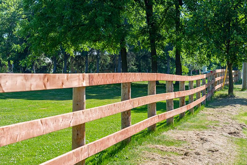 Farm Fencing in Tillsonburg, Ontario - In-Line Fence - Mobile