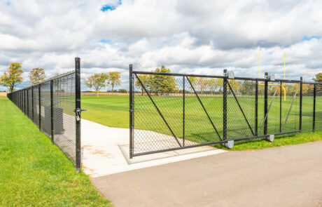 Colored Chain Link Fence Gate - In-Line Fence