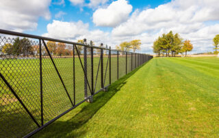 Coloured Chain Link Fence - In-Line Fence - 01