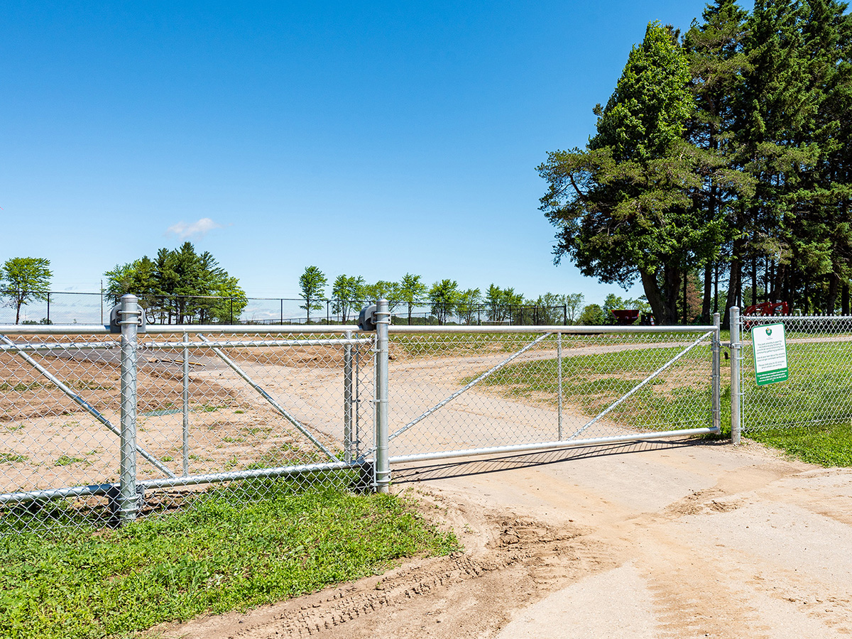 Galvanized Chain Link Fence Gate - In-Line Fence
